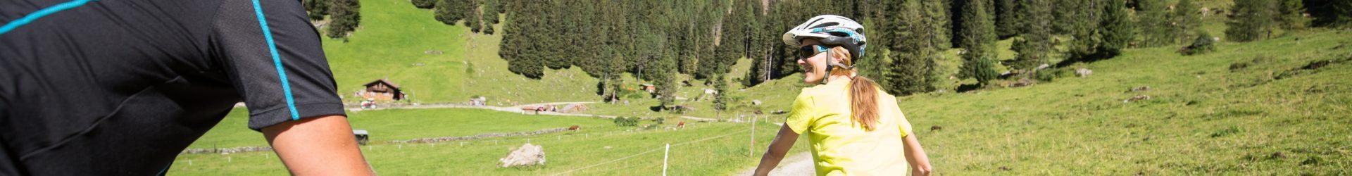 Fietsen tot de wellness roept in het Zillertal